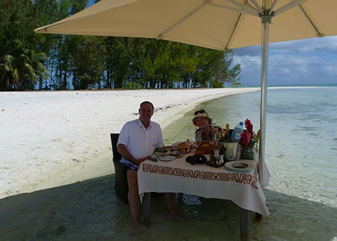 Hilton Bora Bora lunch in sea