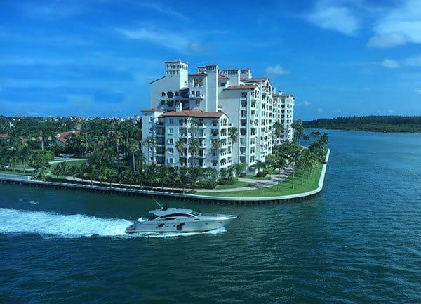 Miami speed boat