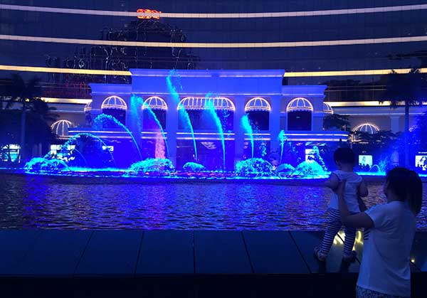 Wynn fountain Macau