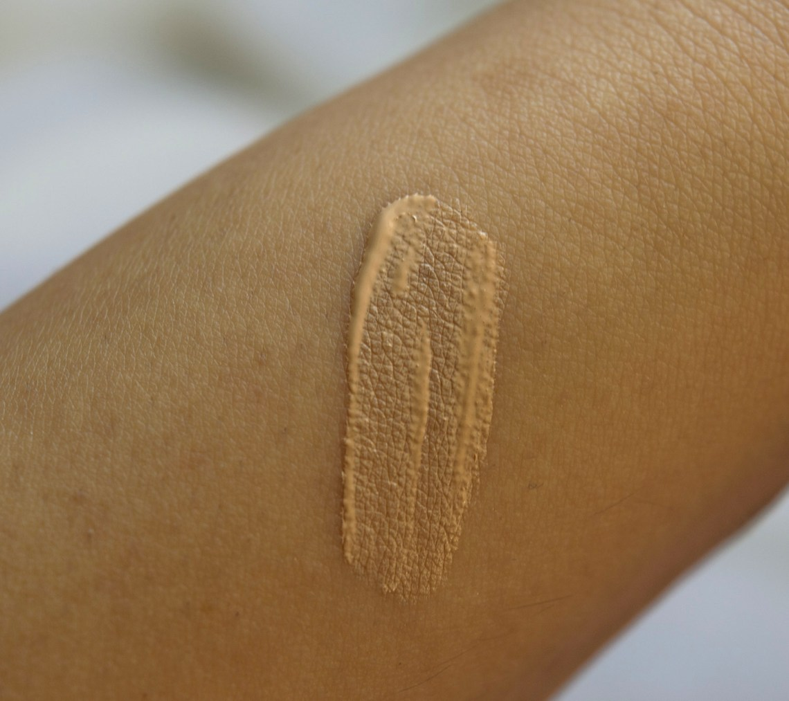 concealer wake me up rimmel london - ivory (1)