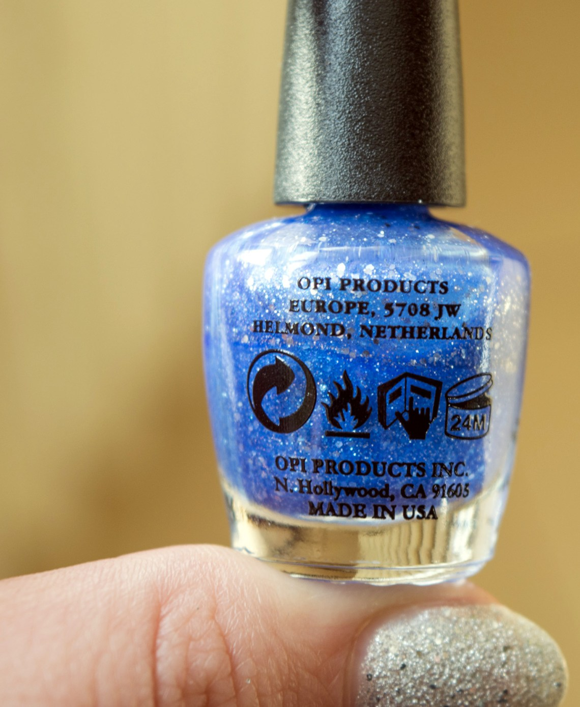 opi nail polish special christmas edition - mariah carey (5)