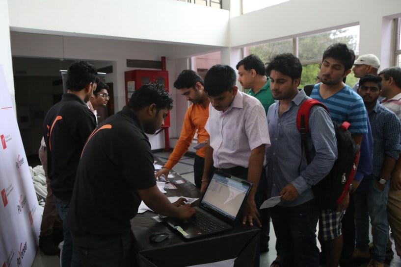 folks getting registered at at payoneer forum delhi India
