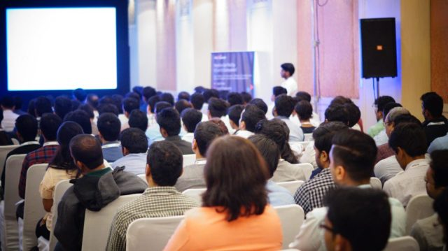 Payoneer roadshow Pune 2015 India crowd