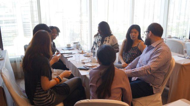 Revenuehits bangkok bloggers meet 2015 (18)