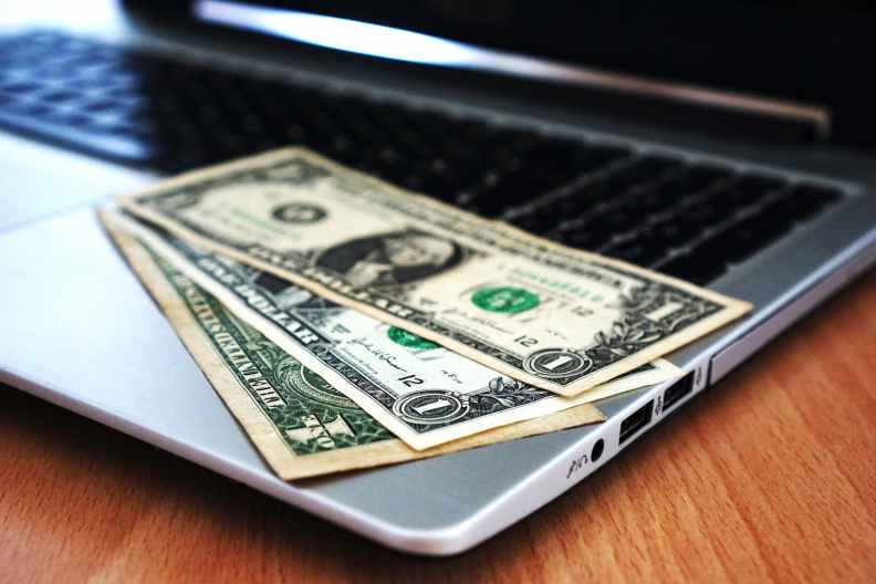 How Much Money Can One Person Earn by Freelancing