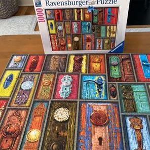 Door knob puzzle