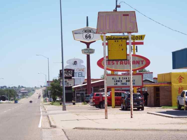 Tucumacari New Mexico neon signs line the road