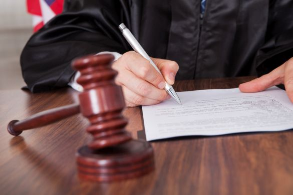 How to Avoid Getting Sued for Your Blog
