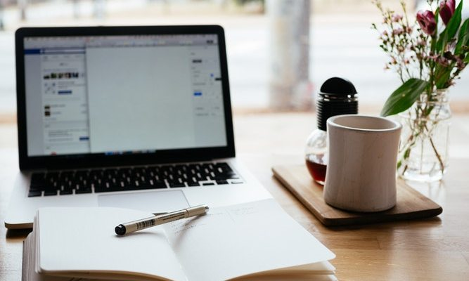 5 Important Reasons Why Your Website Should Include a Blog