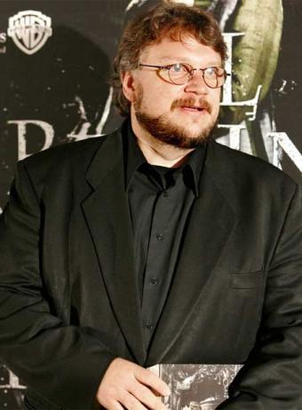 ¿Qué espera Warner Bros para llamar a Guillermo del Toro?