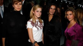 Emma Watson asiste al evento de moda 'Yves Saint Laurent'