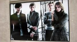 Emma Watson: Publicidad de 'Burberry' Alrededor del Mundo