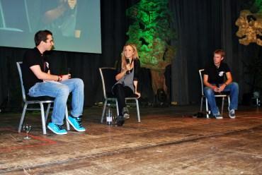 Angelica Mandy y Matthew Lewis asisten al Ring*Con 2009