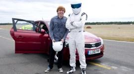 Dos Nuevas Imágenes de Rupert Grint para la Serie de TV 'Top Gear'
