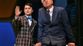 Nuevas Imágenes Oficiales de Daniel Radcliffe en la Obra 'How to Succeed in Business'