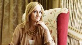 JK Rowling Sorprende a sus Seguidores con Ingeniosas Respuestas en Twitter!