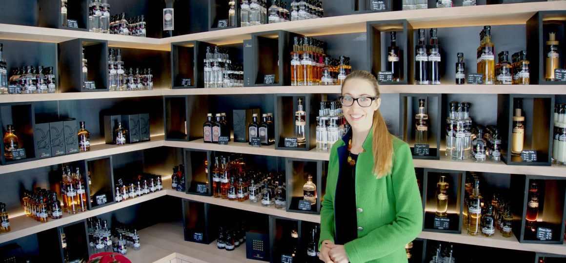 Die Dachstein Destillerie am Mandlberggut - Feinste Schnäpse aus bestem Gebirgswasser gebrannt blogHuette.at image 13