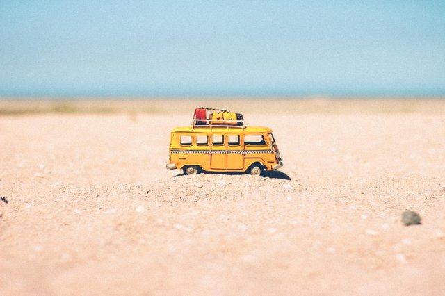 beach-blur-car-colors-386000 Którym Muminkiem jesteś?