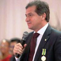 """Em artigo, secretário Simplício Araújo diz que """"o Maranhão merece respeito"""""""