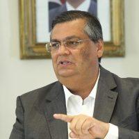 """Para Flávio Dino falas na reunião ministerial de Bolsonaro são """"teses milicianas"""""""