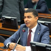 Bira iniciará pré-campanha com plenária popular virtual