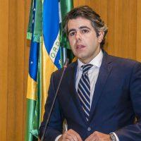 Oposição obstrui votação de projeto que reduz valor de multas para transporte alternativo