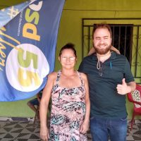 Igor Diniz começa campanha com caminhada em Bequimão
