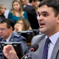 Deputado Rubens Jr. declara apoio à candidatura de Carlos Brandão ao governo