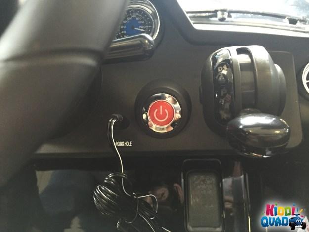 charger voiture mercedes sls amg pour enfant
