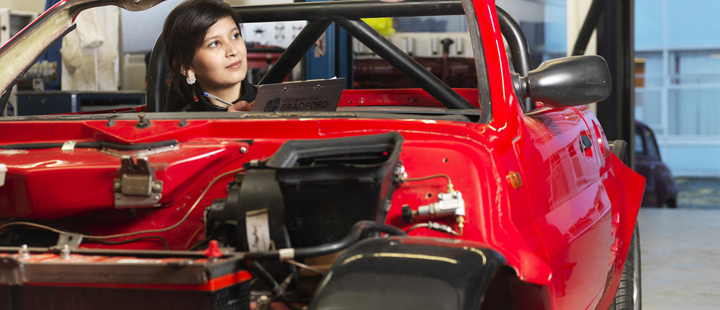 Top Automotive Engineering Colleges In Britain