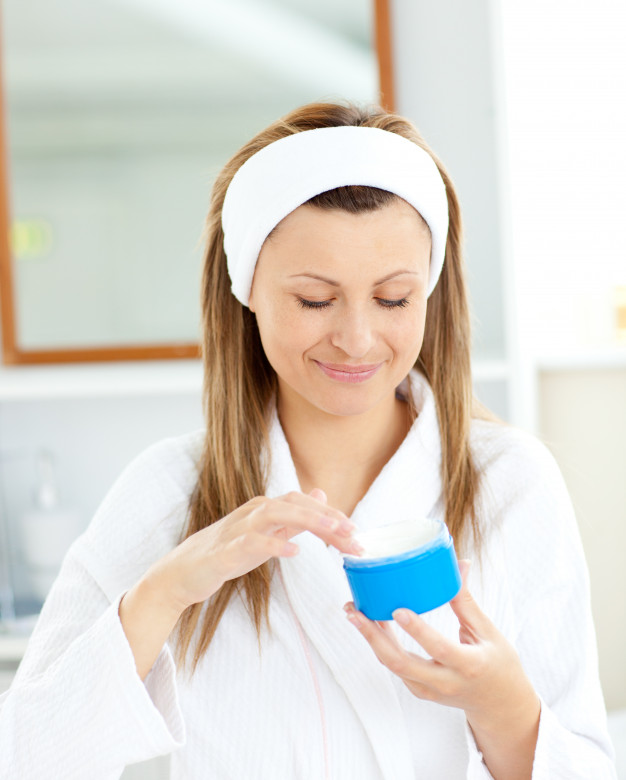 How To Make Moisturizer and Spa Treatment At Home