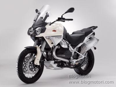 Moto Guzzi STELVIO 1200 4 V, progettata e sviluppata per affrontare qualsiasi meta