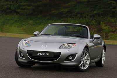 Al Salone dell'auto di Parigi 2008, Mazda presenta le nuove versioni della MX-5