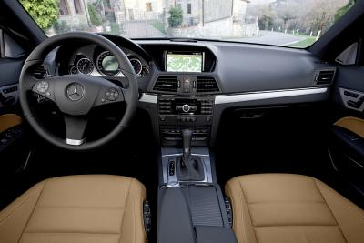mercedes-benz-classe-e-coupe-perfetto-mix-di-fascino-ed-efficienza-06