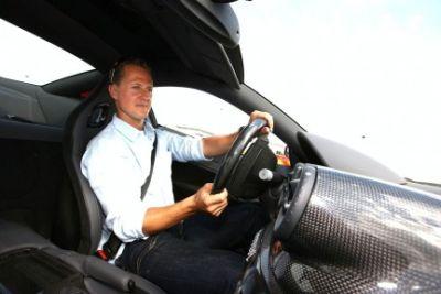 Hot laps a bordo di una Ferrari 599 GTB HGTE guidata da Schumacher: il video