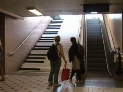 Odenplan, Stoccolma i gradini della metro come tasti di pianoforte, questa l'idea VW