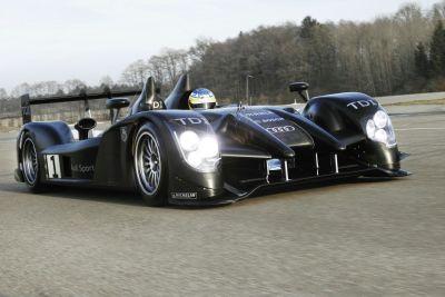 24 Ore di Le Mans  in pista l'evoluzione dell'Audi R15 TDI 00