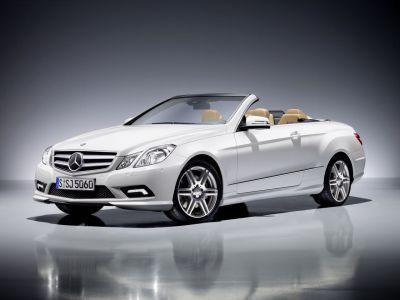 Mercedes-Benz Classe E Cabrio prezzi a partire da 48.460 euro 00