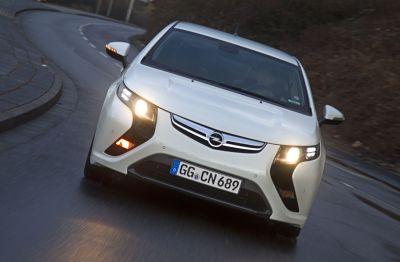 ecoFLEX Experience l'automobilista più verde d'Europa vincerà una Opel Ampera 00