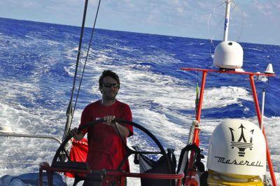 Maserati aggancia gli alisei del Pacifico del sud, 1700 miglia da percorrere per arrivare all'equatore