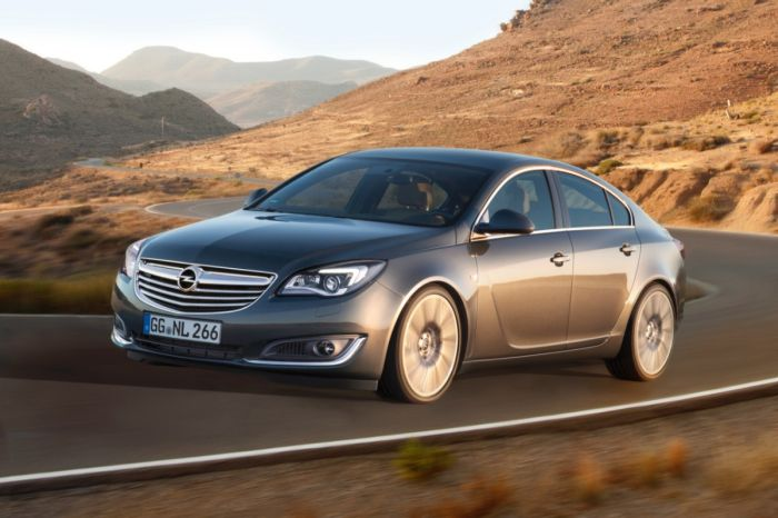 Opel-Insignia-2014 01
