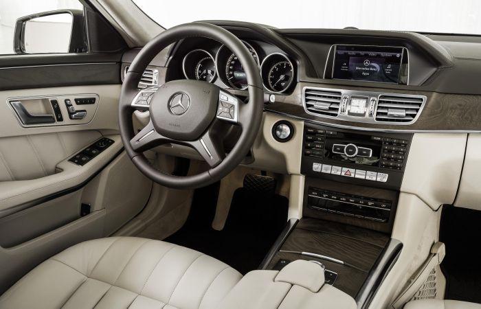 Mercedes-Benz Classe E BlueTEC Hybrid Interni