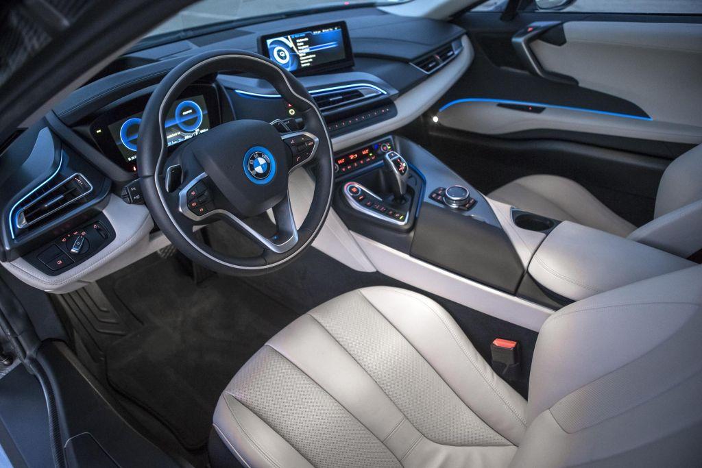 Bridgestone scelto come fornitore esclusivo per la BMW i8 04