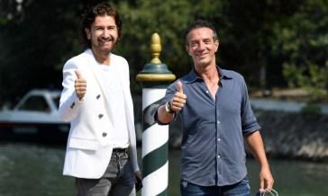 Striscia la notizia, Alessandro Siani e Vanessa Incontrada (o Ambra) al posto di Ficarra e Picone?