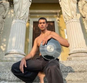 Kobra, Mahmood: ascolta la canzone (testo)