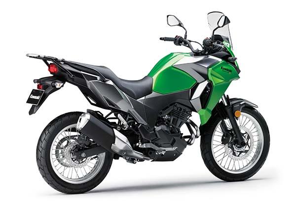Kawasaki Versys-X 250 samping belakang