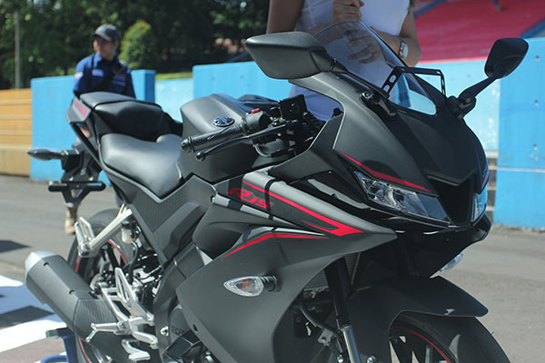 All New Yamaha R15 Black Matte