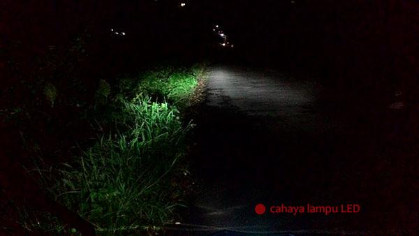 Cahaya Lampu LED