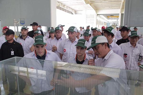 Marquez dan Pedrosa di pabrik AHM