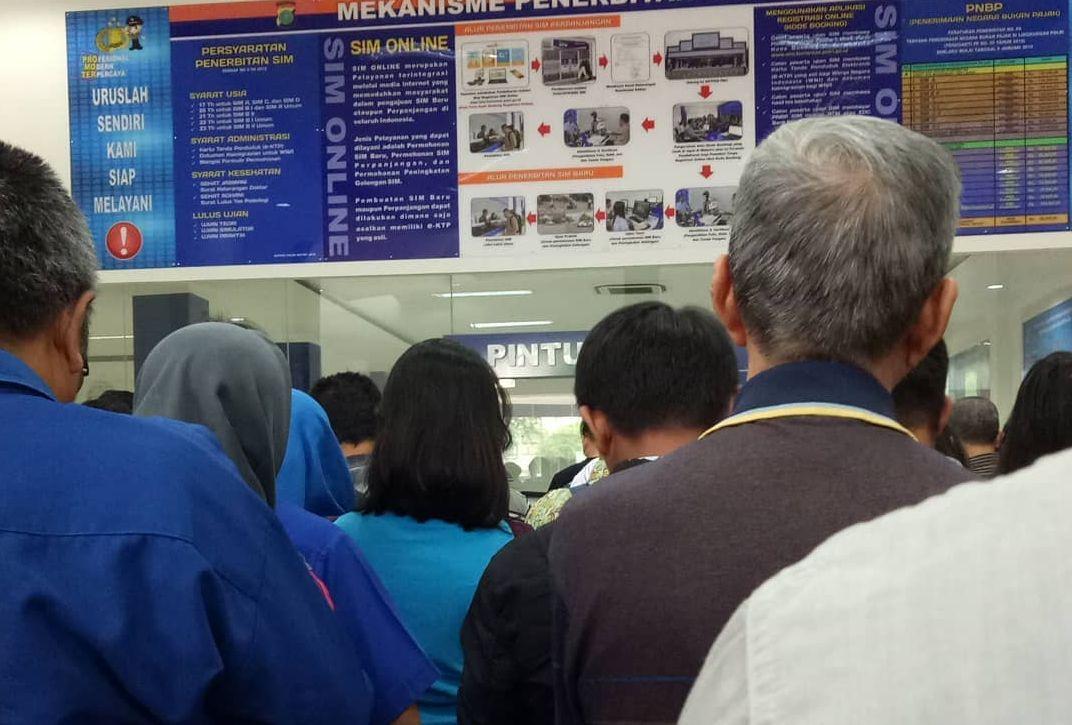 Perpanjangan SIM Online di Satpas Polres